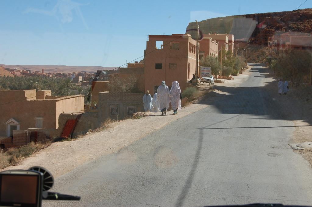 Moroccan men sit. Moroccan women walk.