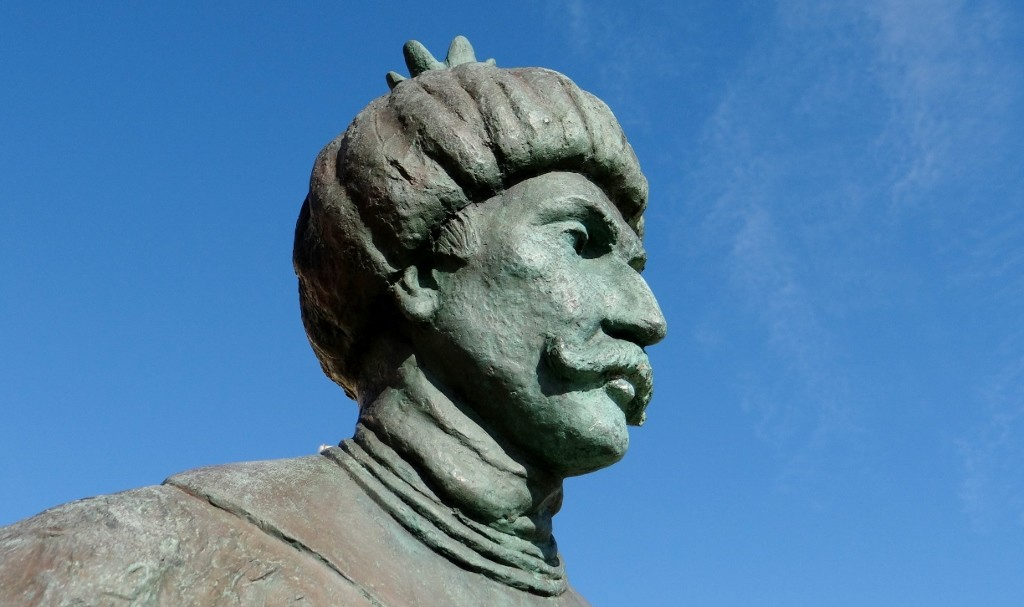 A statue of a man who has something to do with Turkey! I need some Italian lessons!