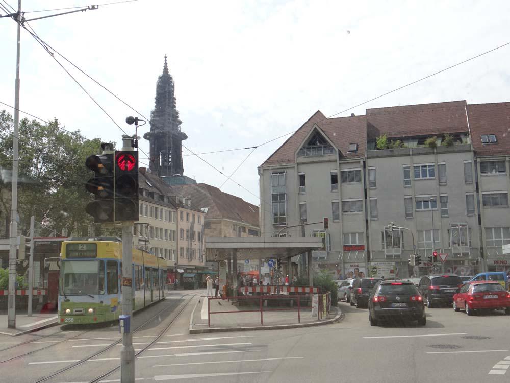 Dave sneaking through Freiburg.