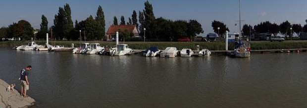 Mortagne-sur-Gironde port.
