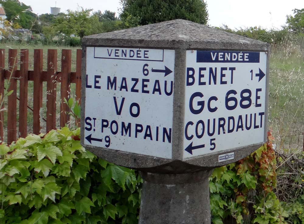 Old road signs, only found in little villages down narrow lanes - thanks satnav!