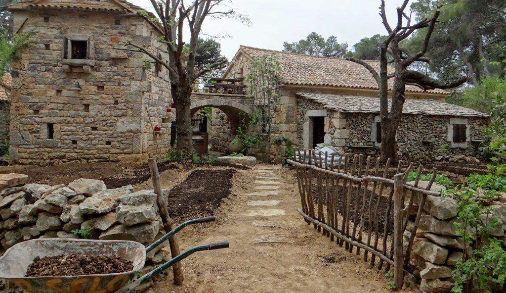 Dalmatian Ethno Village, Solaris Resort