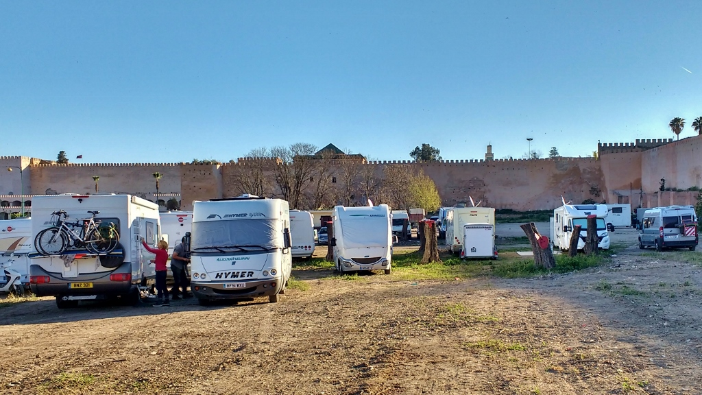 Guarded motorhome parking in Meknes